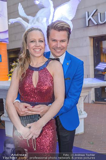 Duftstars Awards - MQ Halle E, Wien - Do 02.05.2019 - Nina PROLL, Adi WEISS31