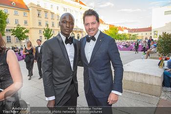 Duftstars Awards - MQ Halle E, Wien - Do 02.05.2019 - Papis LOVEDAY, Daniel SERAFIN55