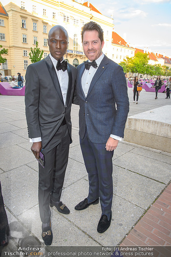 Duftstars Awards - MQ Halle E, Wien - Do 02.05.2019 - Papis LOVEDAY, Daniel SERAFIN56