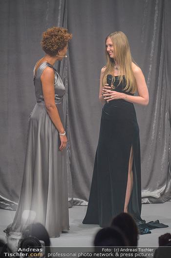Duftstars Awards - MQ Halle E, Wien - Do 02.05.2019 - Arabella KIESBAUER, Eleonore HABSBURG144