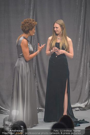 Duftstars Awards - MQ Halle E, Wien - Do 02.05.2019 - Arabella KIESBAUER, Eleonore HABSBURG145