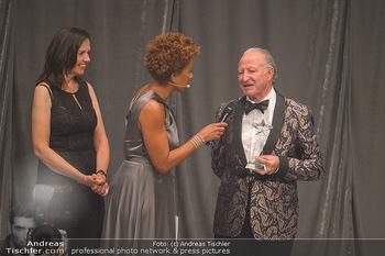 Duftstars Awards - MQ Halle E, Wien - Do 02.05.2019 - 213