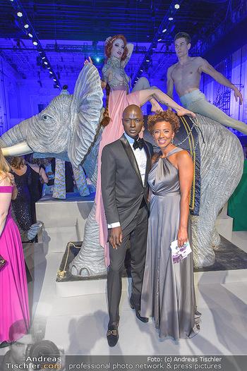 Duftstars Awards - MQ Halle E, Wien - Do 02.05.2019 - Arabella KIESBAUER, Papis LOVEDAY240