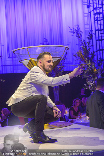 Duftstars Awards - MQ Halle E, Wien - Do 02.05.2019 - Schwertschlucker278