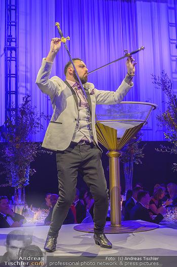 Duftstars Awards - MQ Halle E, Wien - Do 02.05.2019 - Schwertschlucker284