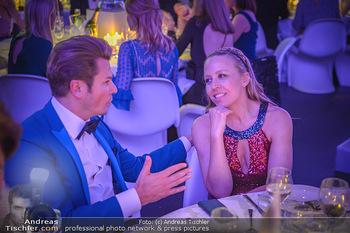 Duftstars Awards - MQ Halle E, Wien - Do 02.05.2019 - Adi WEISS, Nina PROLL299