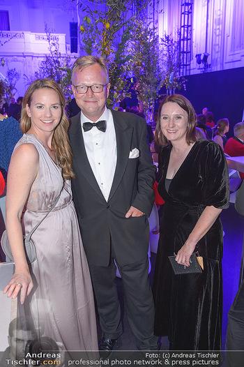 Duftstars Awards - MQ Halle E, Wien - Do 02.05.2019 - 317