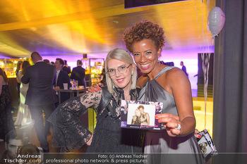 Duftstars Awards - MQ Halle E, Wien - Do 02.05.2019 - Liane SEITZ, Arabella KIESBAUER346