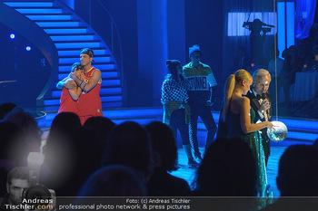 Dancing Stars - ORF Zentrum - Fr 03.05.2019 - Moment der Entscheidung zwischen Lizz GÖRGL und Stefan PETZNER3