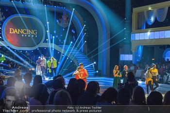 Dancing Stars - ORF Zentrum - Fr 03.05.2019 - Moment der Entscheidung zwischen Lizz GÖRGL und Stefan PETZNER4