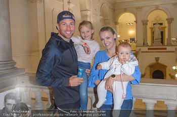 Wings4life world run - Universität Wien - So 05.05.2019 - Familie Benjamin KARL mit Ehefrau Nina und Kindern Benina und Pi12