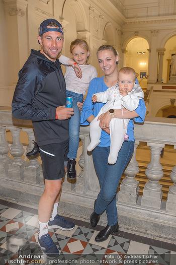 Wings4life world run - Universität Wien - So 05.05.2019 - Familie Benjamin KARL mit Ehefrau Nina und Kindern Benina und Pi13