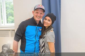 Wings4life world run - Universität Wien - So 05.05.2019 - Thomas MORGENSTERN, Romina COLERUS18