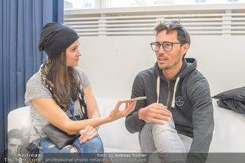 Wings4life world run - Universität Wien - So 05.05.2019 - Michael STRASSER wird interviewt von Romina COLERUS42