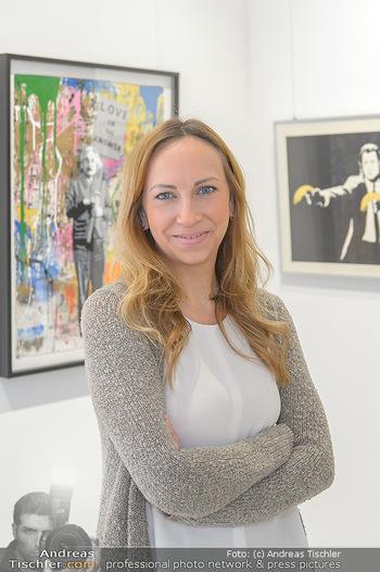 Neue PopArt Galerie - Galerie Gerald Hartinger - Di 07.05.2019 - Lena HEIDRICH (Tochter von Gerald Hartinger) in der neuen Galeri13