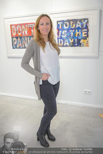 Neue PopArt Galerie - Galerie Gerald Hartinger - Di 07.05.2019 - Lena HEIDRICH (Tochter von Gerald Hartinger) in der neuen Galeri15
