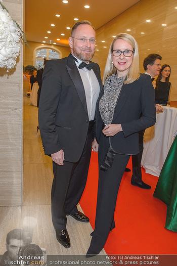 Fundraising Dinner - Albertina, Wien - Di 07.05.2019 - Margarete SCHRAMBÖCK mit Ehemann22