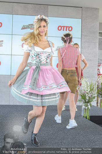 Andreas Gabalier OTTO Kollektion - K47, Wien - Mi 08.05.2019 - Modenschau mit Dirndl und neuer Andreas Gabalier Kollektion56