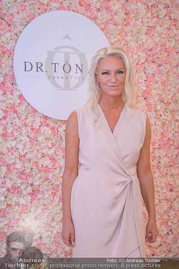 Dr. Tonar Cosmetics Launchevent - Praxis Dr. Tonar Cosmetics Wien - Do 09.05.2019 - Ursula ZIERHOFER-TONAR28