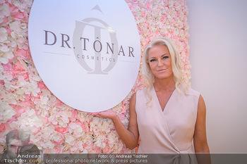 Dr. Tonar Cosmetics Launchevent - Praxis Dr. Tonar Cosmetics Wien - Do 09.05.2019 - Ursula ZIERHOFER-TONAR30