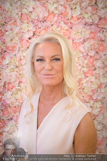 Dr. Tonar Cosmetics Launchevent - Praxis Dr. Tonar Cosmetics Wien - Do 09.05.2019 - Ursula ZIERHOFER-TONAR (Portrait)37