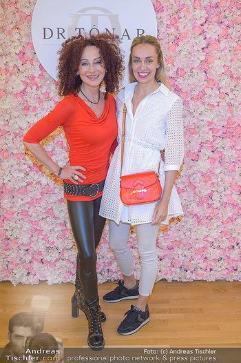 Dr. Tonar Cosmetics Launchevent - Praxis Dr. Tonar Cosmetics Wien - Do 09.05.2019 - Christina LUGNER, Liliana KLEIN75