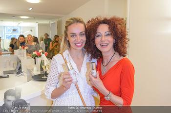 Dr. Tonar Cosmetics Launchevent - Praxis Dr. Tonar Cosmetics Wien - Do 09.05.2019 - Christina LUGNER, Liliana KLEIN76