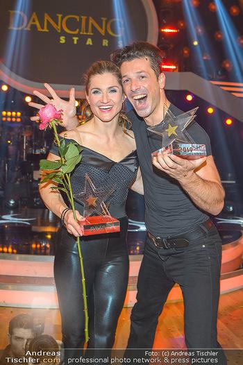 Dancing Stars Finale - ORF Zentrum - Sa 11.05.2019 - Lizz GÖRGL, Thomas KRAML (Dancing Stars Sieger 2019)11