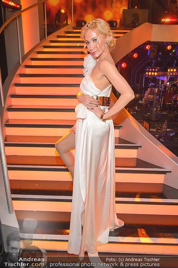 Dancing Stars Finale - ORF Zentrum - Sa 11.05.2019 - Carina SARKISSOVA17