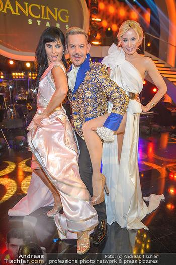 Dancing Stars Finale - ORF Zentrum - Sa 11.05.2019 - Jury Nicole BURNS-HANSEN, Dirk HEIDEMANN, Carina SARKISSOVA22