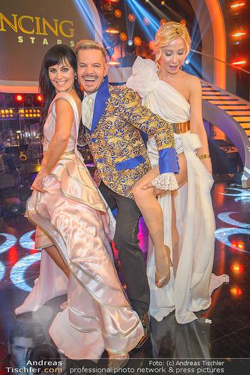 Dancing Stars Finale - ORF Zentrum - Sa 11.05.2019 - Jury Nicole BURNS-HANSEN, Dirk HEIDEMANN, Carina SARKISSOVA25