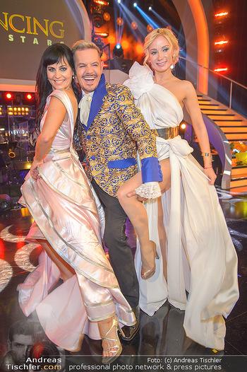 Dancing Stars Finale - ORF Zentrum - Sa 11.05.2019 - Jury Nicole BURNS-HANSEN, Dirk HEIDEMANN, Carina SARKISSOVA26