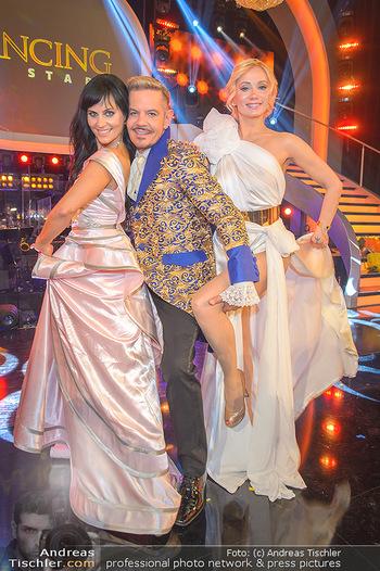 Dancing Stars Finale - ORF Zentrum - Sa 11.05.2019 - Jury Nicole BURNS-HANSEN, Dirk HEIDEMANN, Carina SARKISSOVA27