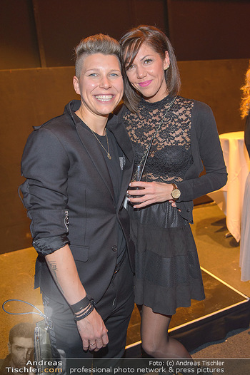 Dancing Stars Finale - ORF Zentrum - Sa 11.05.2019 - Virginia ERNST mit Ehefrau Dorothea PRINZ70