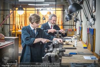 Opening - Springer´s Erben Museum - Mi 15.05.2019 - Mitarbeiter in der Werkstatt, Büchsenmacher28