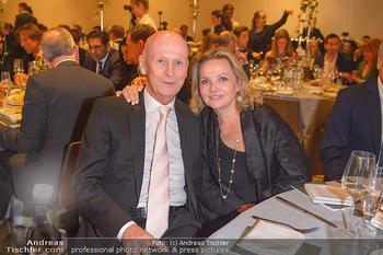 Schmuckstars Award Gala - Hotel Andaz am Belvedere Wien - Do 23.05.2019 - Kurt MANN mit Joanna10