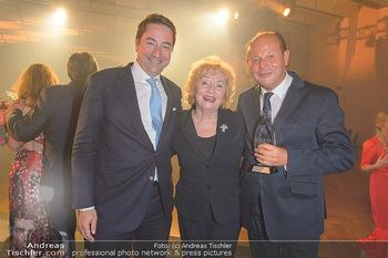 Schmuckstars Award Gala - Hotel Andaz am Belvedere Wien - Do 23.05.2019 - Elisabeth PELZ (Wempe) mit Sohn Philipp, Peter KELLNER194