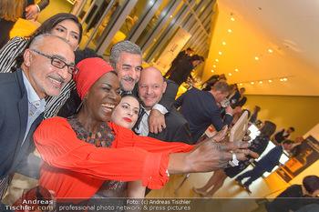 Schmuckstars Award Gala - Hotel Andaz am Belvedere Wien - Do 23.05.2019 - Doretta CARTER macht Selfie201