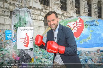 Schwarzenegger für SodaStream - Hofburg Wien - So 26.05.2019 - Ferdinand BARCKHAHN6