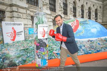 Schwarzenegger für SodaStream - Hofburg Wien - So 26.05.2019 - Ferdinand BARCKHAHN7