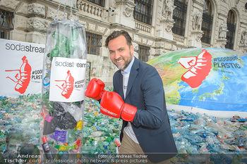 Schwarzenegger für SodaStream - Hofburg Wien - So 26.05.2019 - Ferdinand BARCKHAHN9