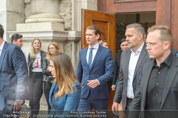 Schwarzenegger für SodaStream - Hofburg Wien - So 26.05.2019 - Sebastian KURZ verlässt unmittelbar nach dem Misstrauensvotum d23