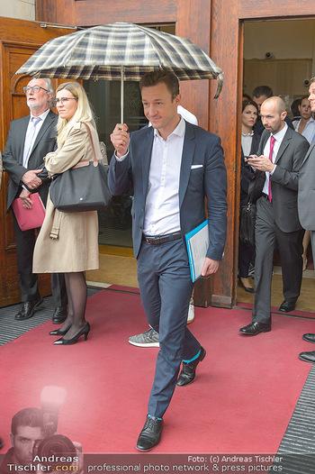 Schwarzenegger für SodaStream - Hofburg Wien - So 26.05.2019 - Gernot BLÜMEL verlässt unmittelbar nach dem Misstrauensvotum d27