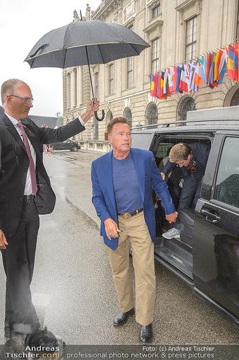 Schwarzenegger für SodaStream - Hofburg Wien - So 26.05.2019 - Arnold SCHWARZENEGGER kommt an (Ankunft)35