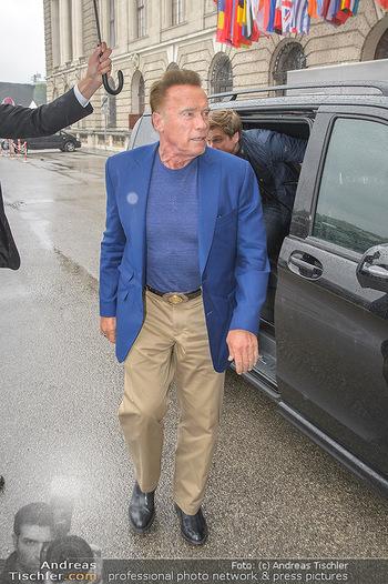Schwarzenegger für SodaStream - Hofburg Wien - So 26.05.2019 - Arnold SCHWARZENEGGER kommt an (Ankunft)36