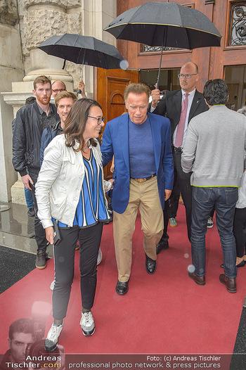 Schwarzenegger für SodaStream - Hofburg Wien - So 26.05.2019 - Arnold SCHWARZENEGGER, Monika LANGTHALER38
