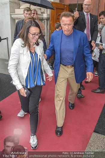 Schwarzenegger für SodaStream - Hofburg Wien - So 26.05.2019 - Arnold SCHWARZENEGGER, Monika LANGTHALER39