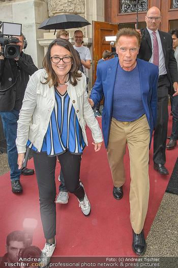 Schwarzenegger für SodaStream - Hofburg Wien - So 26.05.2019 - Arnold SCHWARZENEGGER, Monika LANGTHALER40