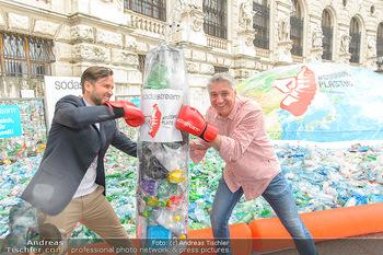 Schwarzenegger für SodaStream - Hofburg Wien - So 26.05.2019 - Werner BOOTE, Ferdinand BARCKHAHN56