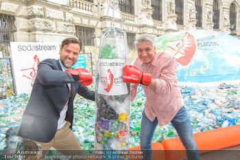 Schwarzenegger für SodaStream - Hofburg Wien - So 26.05.2019 - Werner BOOTE, Ferdinand BARCKHAHN57